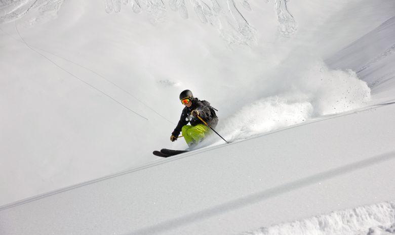 Ski de couloir dans le Massif du Chablais-5