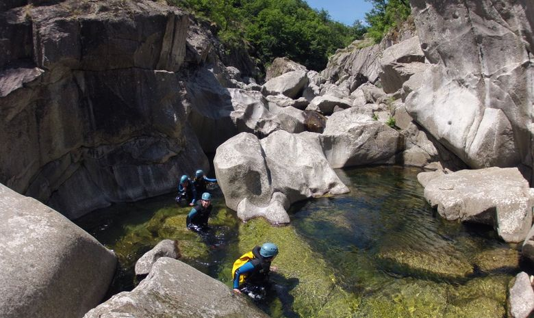 Descente intégrale du canyon du haut Chassezac-2