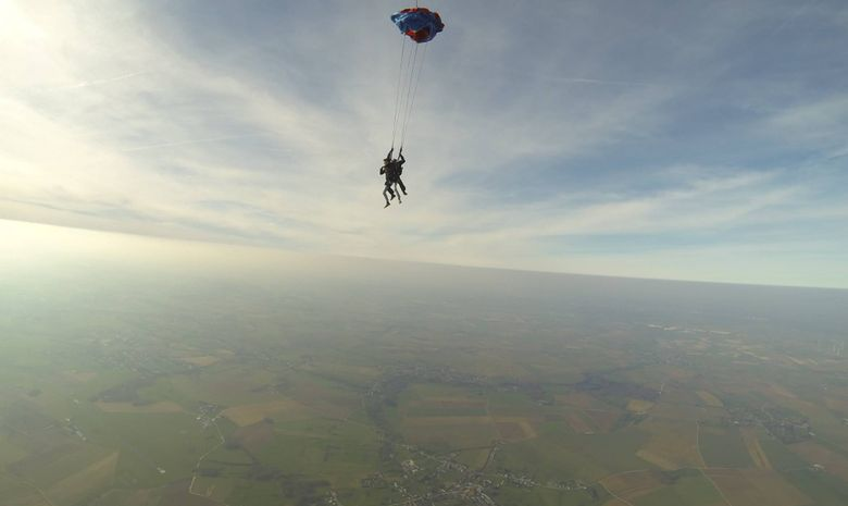 Saut en tandem à 4000m au-dessus de Maubeuge-4