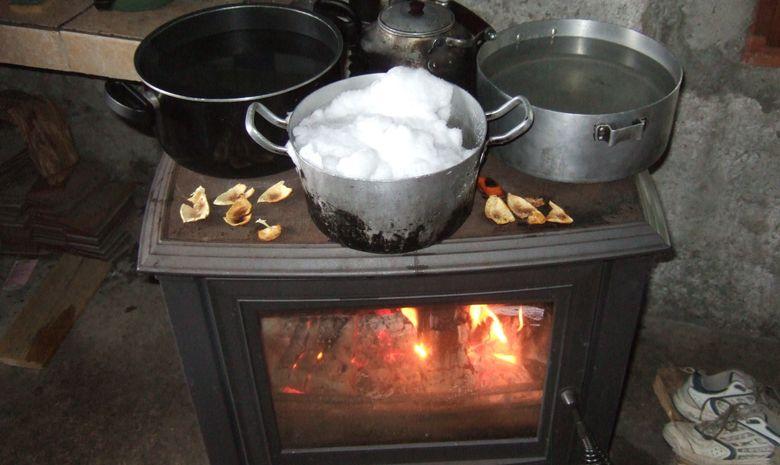 Préparation du repas en refuge