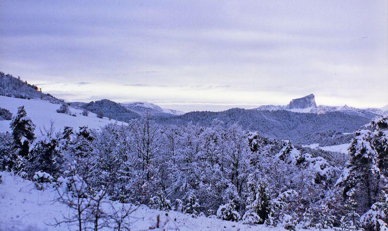 Vue sur le Mont Aiguille