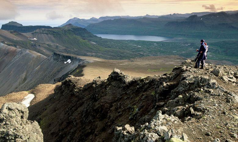 Le sentier des criques, entre montagnes et océan-8