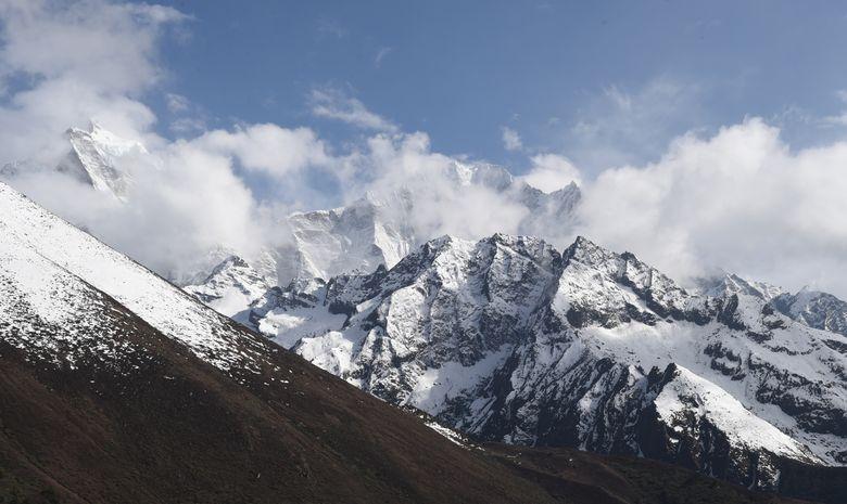 Ascensions de l'island Peak (6189 m)-6