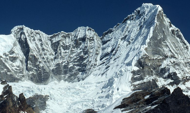 Ascensions de l'island Peak (6189 m)-4