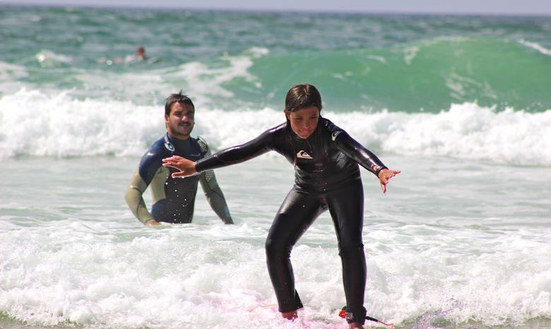 cours de surf débutant avec Nico