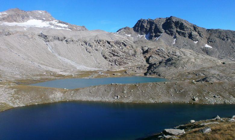 Le lac Noir et le lac Blanc (refuge du Carro)