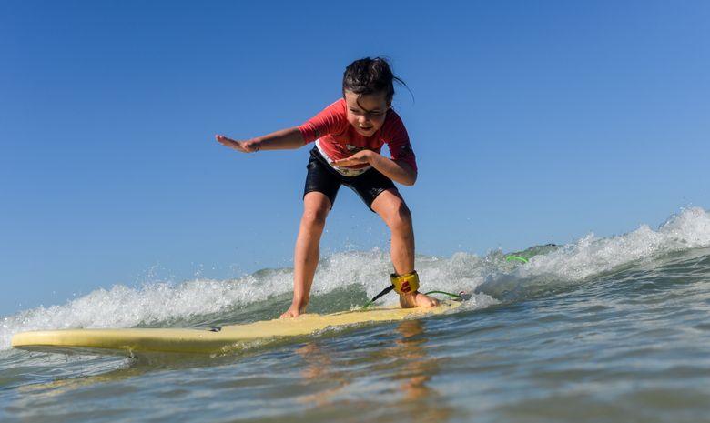 Cours de surf enfants (de 5 à 8ans)-2