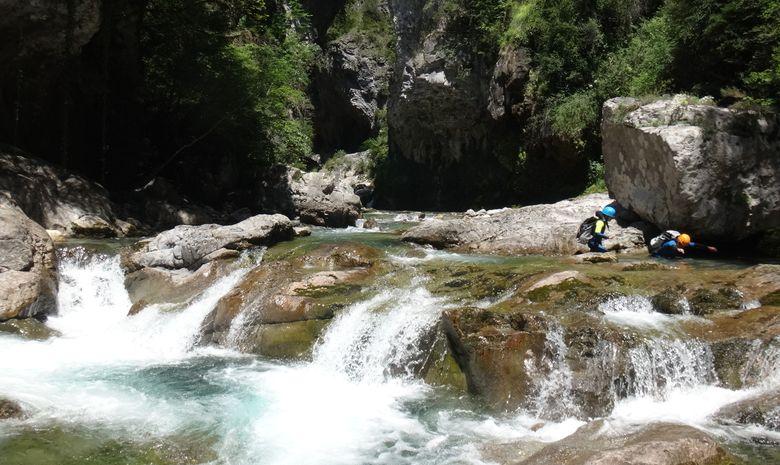 Descente aquatique par le Canyon du Miraval-9