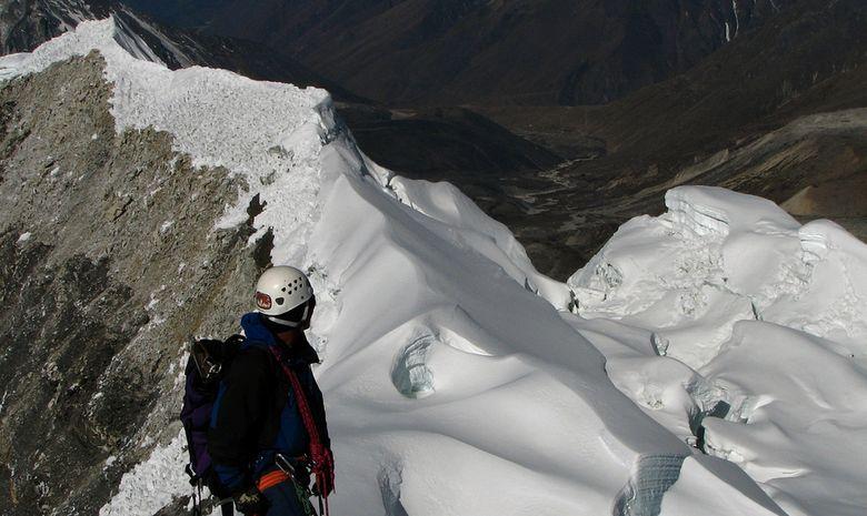 Trekking et Ascension de l'Island Peak (6189 m)-1