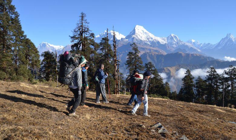 Trail sur la montagne de l'Annapurna-8