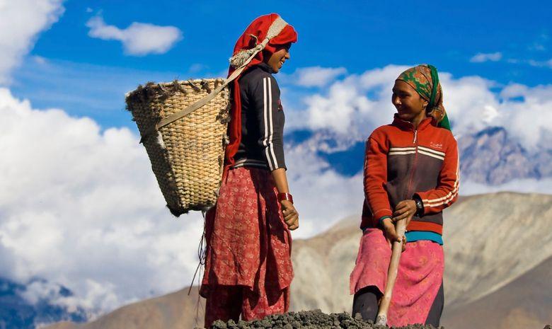 Trail sur la montagne de l'Annapurna-9