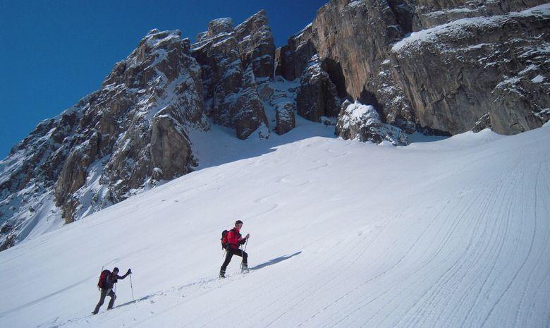 skieur montent