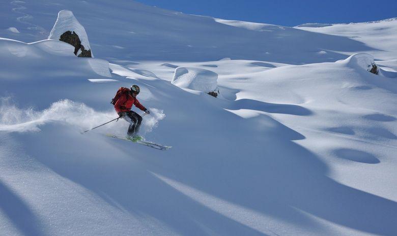descente à ski hors piste