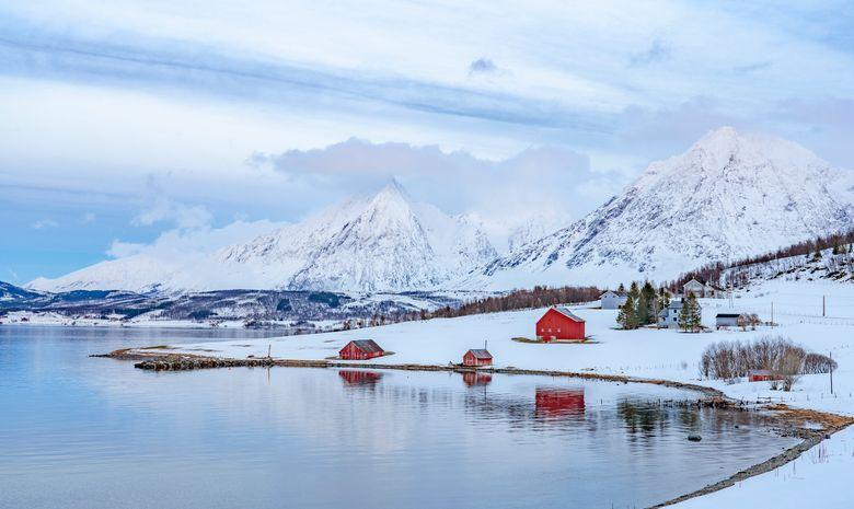 Ski de rando & voile dans les fjords de Norvège