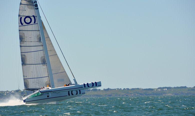 Navigation sur trimaran de course 60 pieds ORMA