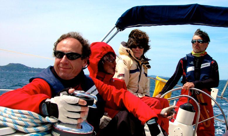 Stage de voile embarqué aux Îles d'Or-13