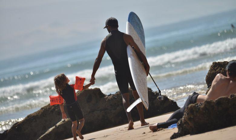 Surf Solidaire 100% filles avec Justine Mauvin -7