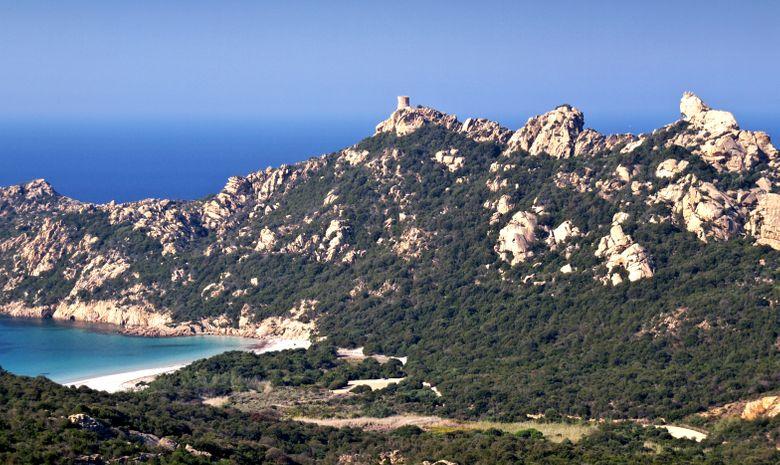 Croisière monocoque en Corse du Sud