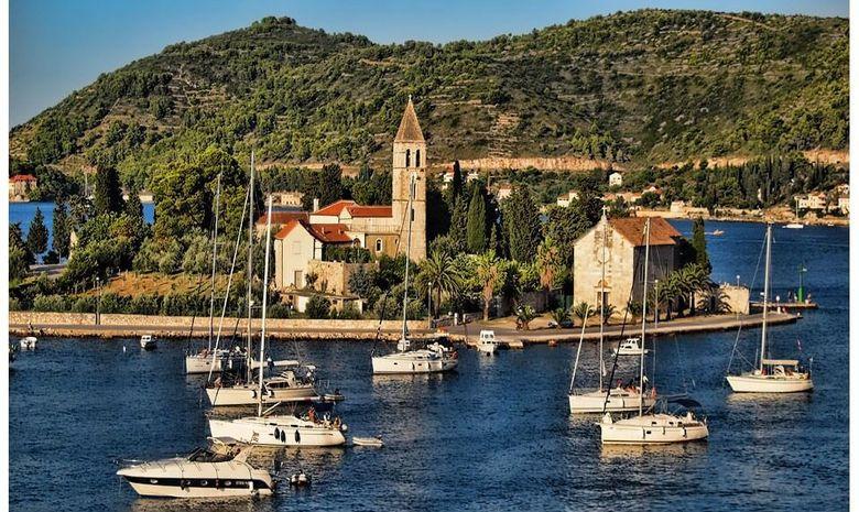 Croisière voile en Croatie et excursions en SUP