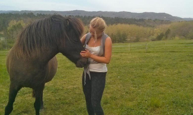 8 Day Yoga and Connecting and Coaching with Horses