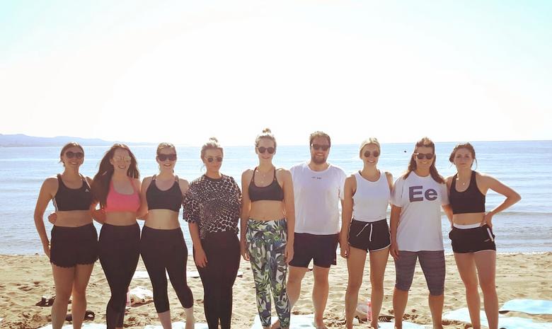 Séance de Yoga à la plage