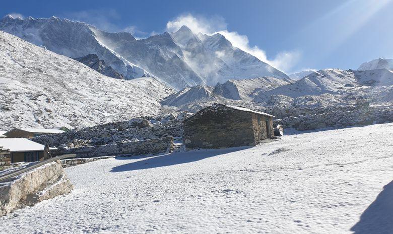 Ascension de  Kalapathar  5643 m  et Gokyo Peak