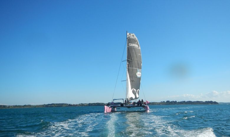 Journée en maxi catamaran à destination de Houat-7